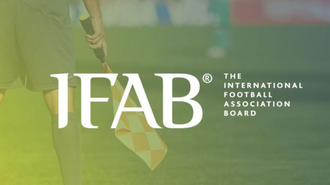 C'est à l'IFAB de fixer les règles du football