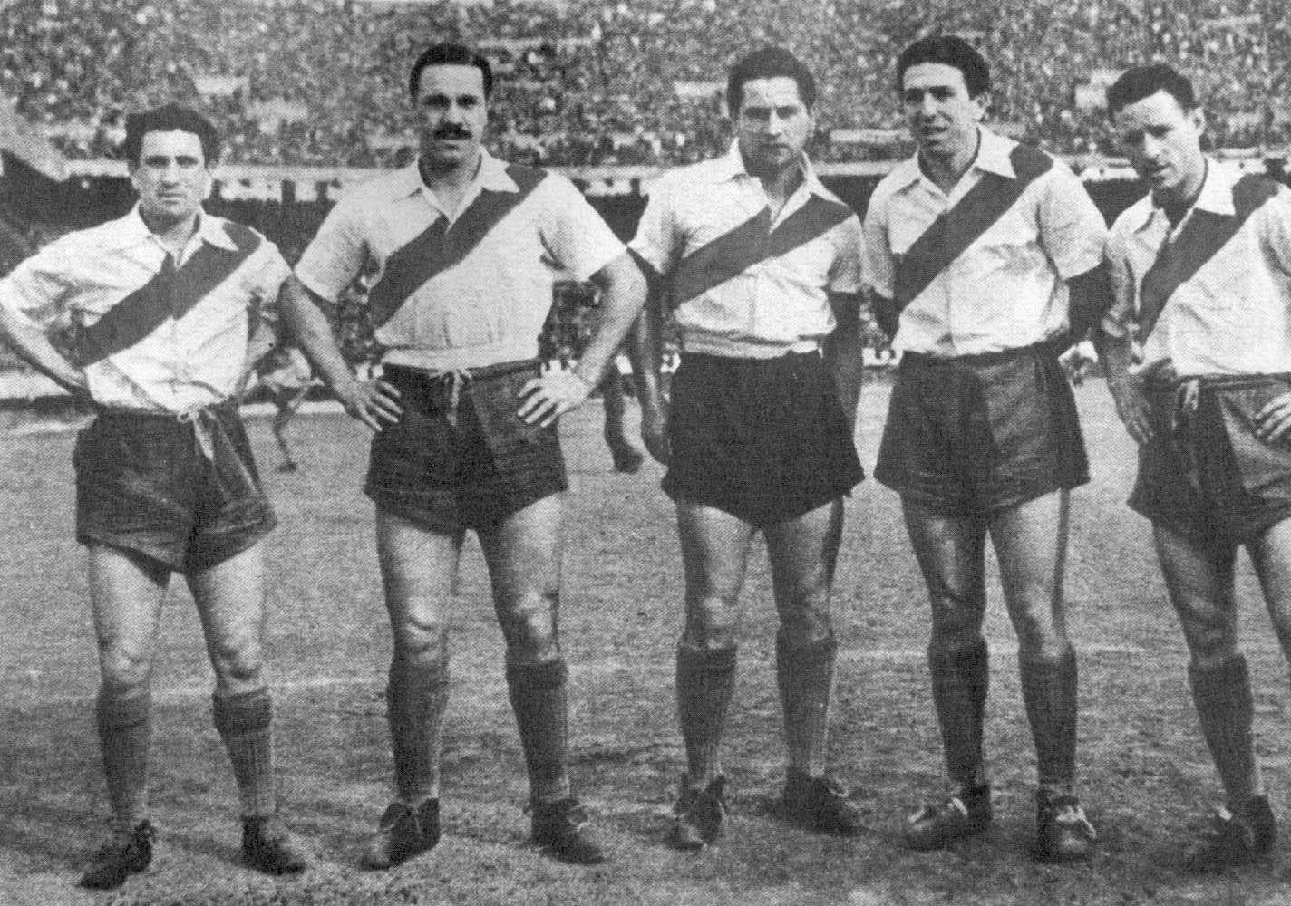 La Maquina de River, José Manuel Moreno est le deuxième en partant de la gauche