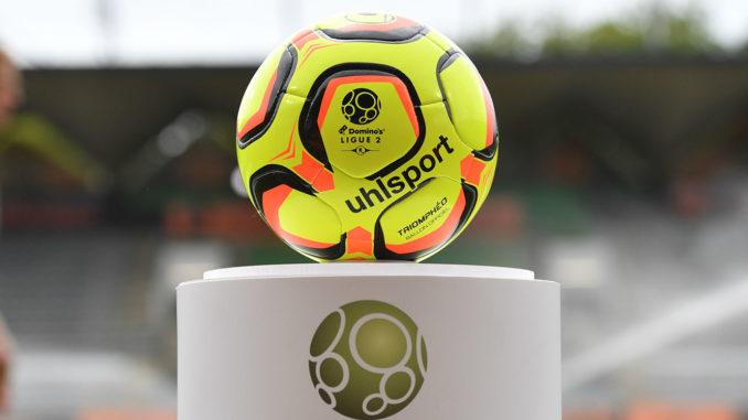 Le ballon de la Ligue 2 (crédits : FC Lorient)