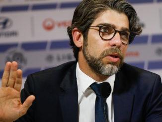 Juninho en conférence de presse (Crédits : Icon Sport)
