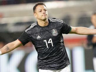 """Javier """"Chicharito"""" Hernandez pourrait retrouver des couleurs mexicaines avec ce transfert. (Crédits : Thearon W. Henderson / Getty Images)"""