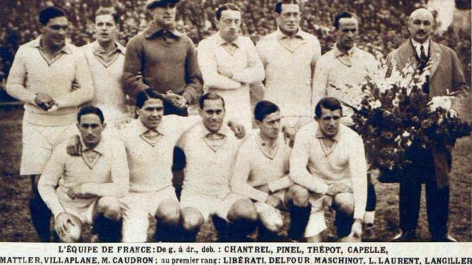 L'équipe de France avant son premier match de la Coupe du Monde 1930