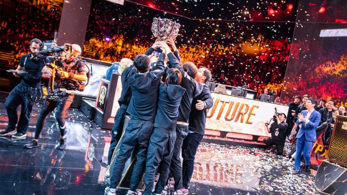 Les Chinois de FunPlus Phoenix remportent en novembre dernier les Mondiaux de League of Legends, événement esport le plus regardé de la planète. (crédits : Riot Games)