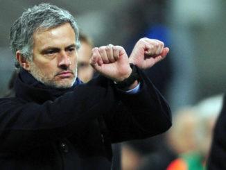 José Mourinho, détracteur puis adepte de la tactique dite de « garer le bus ». (Crédits : GIUSEPPE CACACE/AFP)