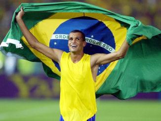 Rivaldo triomphant lors du mondial 2002 (Crédits : sofoot.com)
